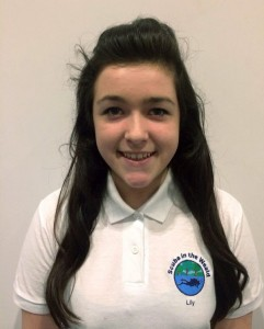 Lily Rowlands Logistical Support & Student Diver